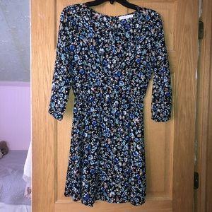 Black floral keyhole dress